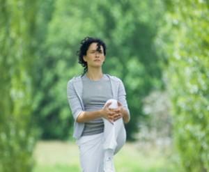 Боль в колене при ходьбе и в покое