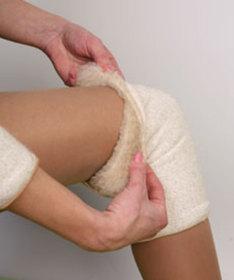 Наколенники из шерсти: согревающие и лечебние