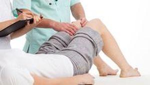 Болят колени - причини болей в коленном суставе и их лечение