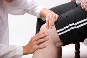 Помощь при болях в колене